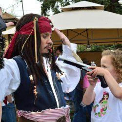 Jack Sparrow at gunpoint